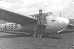 Vladimír Forman u větroně Kranich